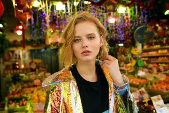 Александра Бортич - почему снимают с баннеров