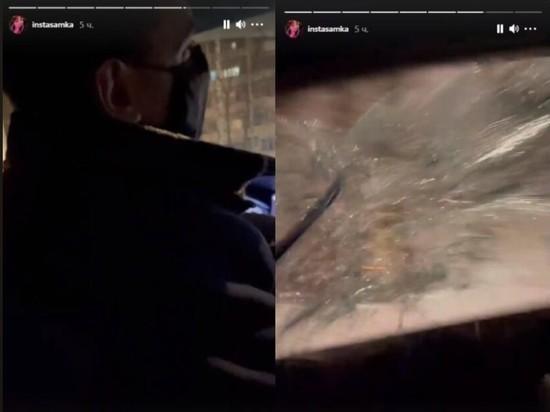 Инстасамка разбила стекло в такси и обматерила водителя