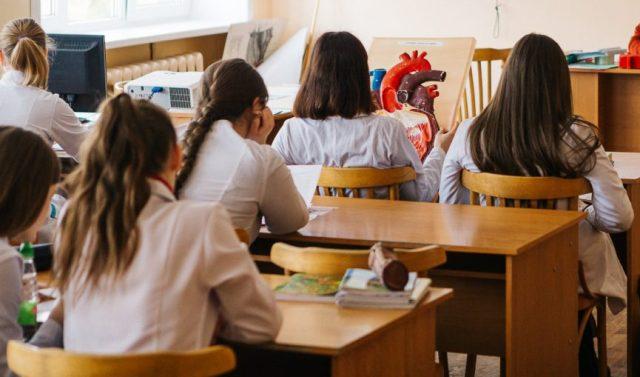 Учатся ли школы в Тамбове, Мичуринске 9 и 10 февраля 2021