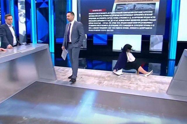Падение Екатерины Стриженовой в прямом эфире