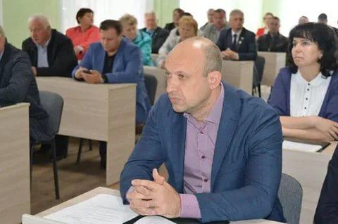 Денис Хахалов